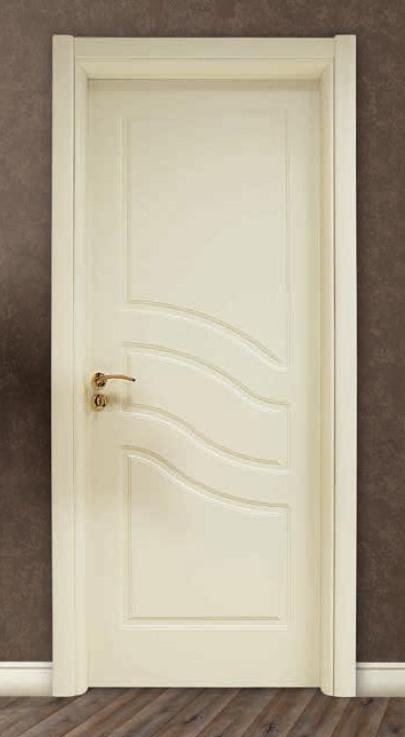 Porta per interni in legno laccato avorio ligurgo infissi - Porte va e vieni per interni ...
