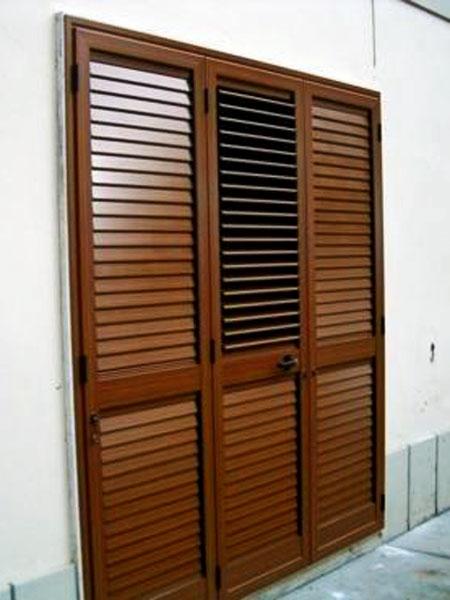 SISTEMI di OSCURAGGIO | persianain finto legno con lamelle orientabili