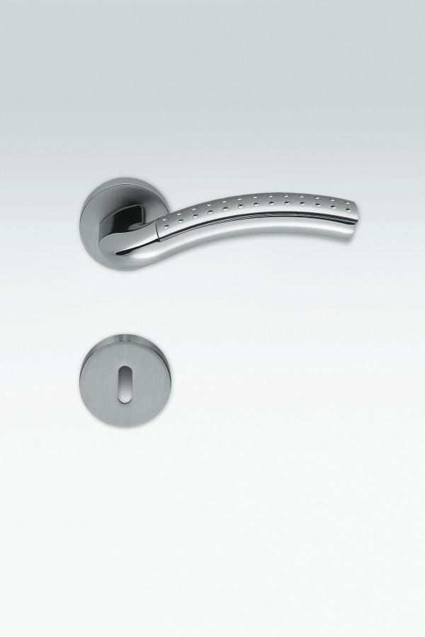 Maniglia puntinata | silver